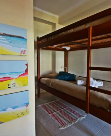 Boa Onda Guesthouse - Four bed dormitory - Bunk beds