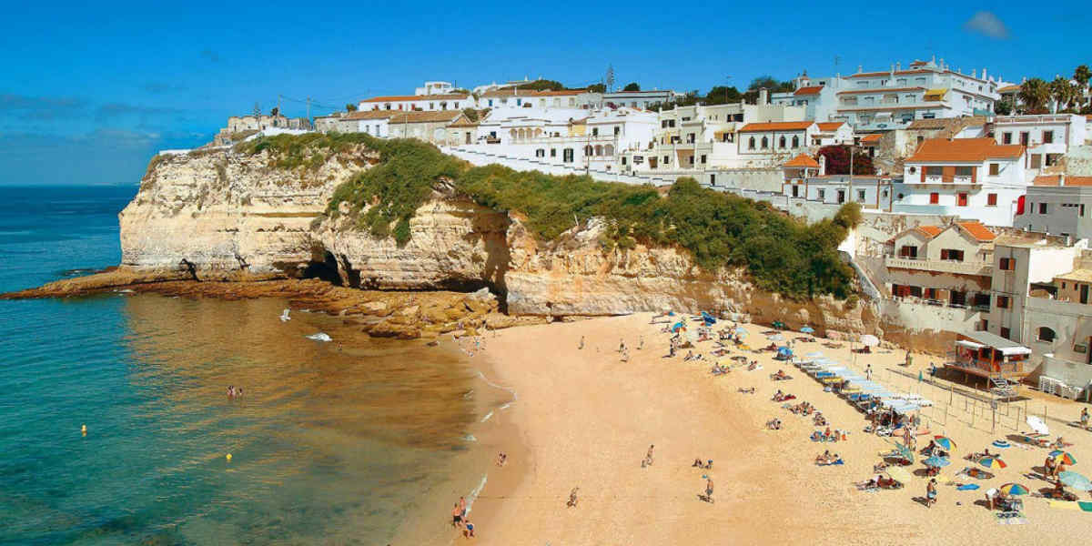 from faro to Peniche - Portuguese transport
