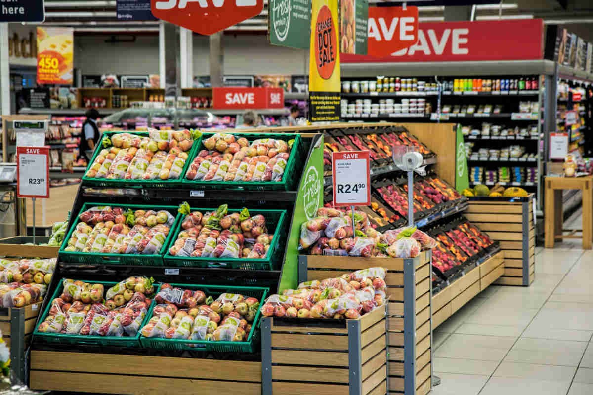 Best Supermarkets in Peniche