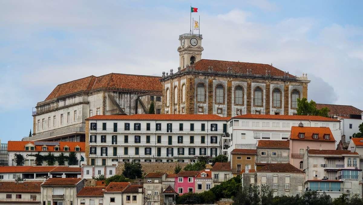 Come andare da Peniche a Coimbra